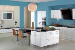 Стены на кухне голубого цвета