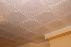 Плитки из полистирола на кухне
