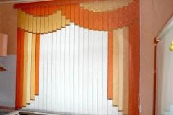 Вертикальный рисунок на шторах