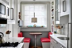 Оригинальный дизайн узкой кухни