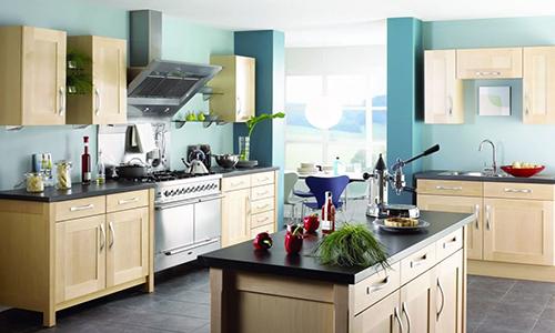 Покраска стен кухни моющейся краской